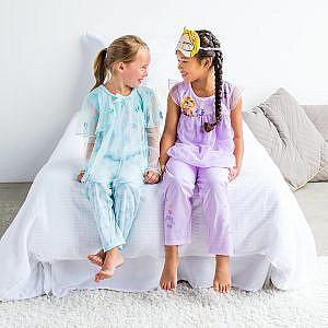 Pijama de Lujo Rapunzel y cubre ojos